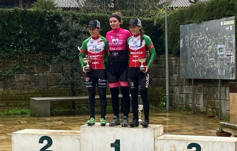 Doble podio para empezar en Euskadi