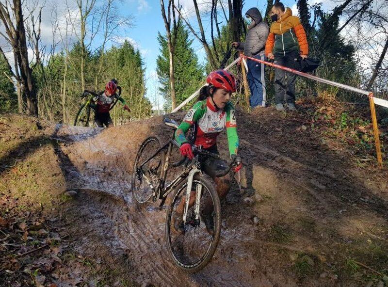 El CC Meruelo tendrá 15 ciclistas en la temporada 2021-22 de Ciclocross