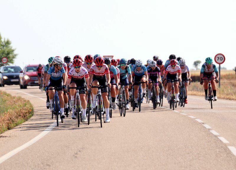 Victoria junior y dominio del equipo UCI en Valladolid