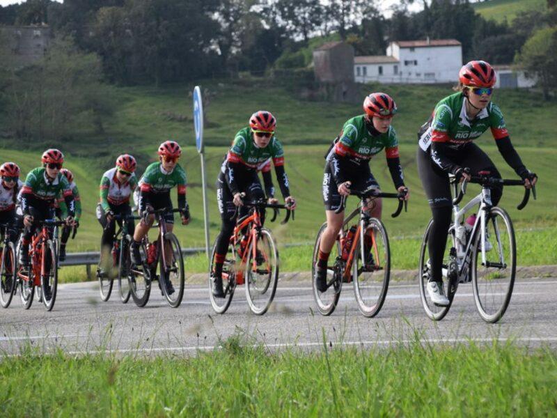 14 ciclistas del CC Meruelo en los Campeonatos de España cadete y junior